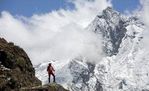 Már az alaptábornál jár a Magyar Everest Expedíció