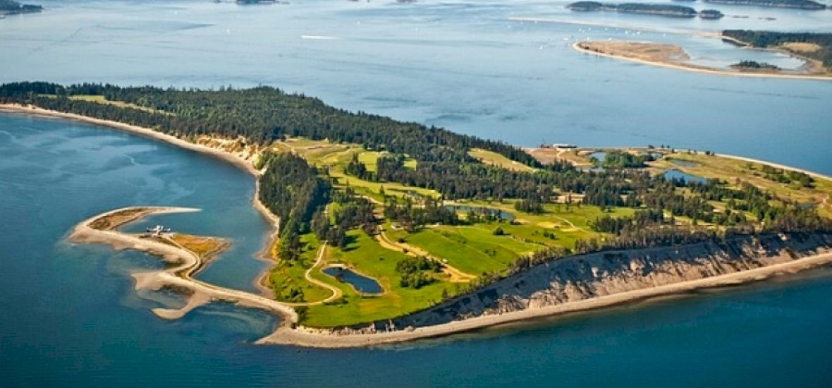 Most vegyél golfpályát! Kapsz hozzá egy szigetet is!