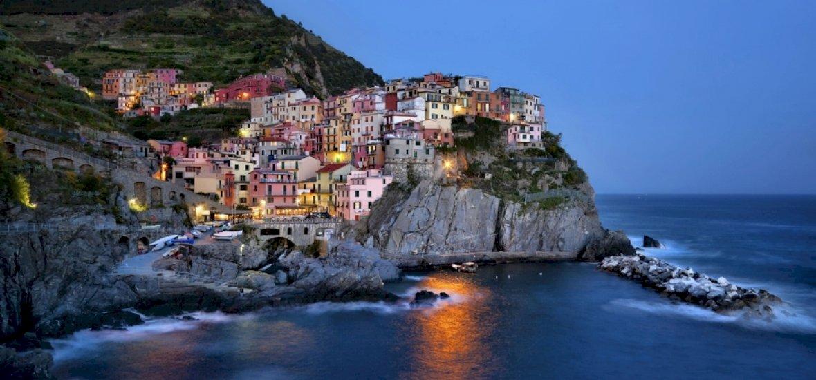 Öt festői olasz falu, sziklák közé szorulva