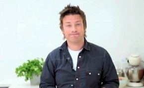 Jamie Oliver megmutatja, hogyan kell felvágni a hagymát egy kristállyal!