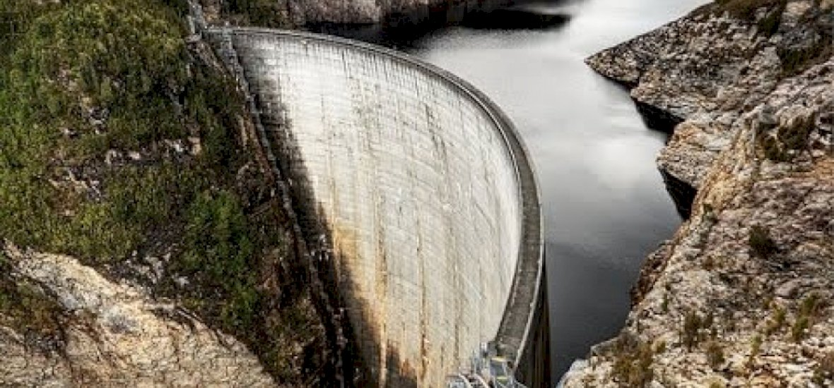 A világ legdurvább dobása 125 méterről