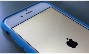 Egyszerűen meghal az iPhone egy dátumátállítástól