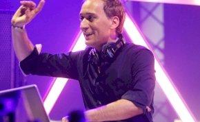 Paul van Dyk nem engedi a politikát összecsúszni a zenével