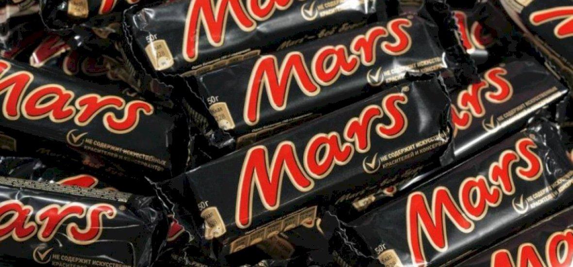 100 raklapnyi műanyagos Mars érkezett Magyarországra