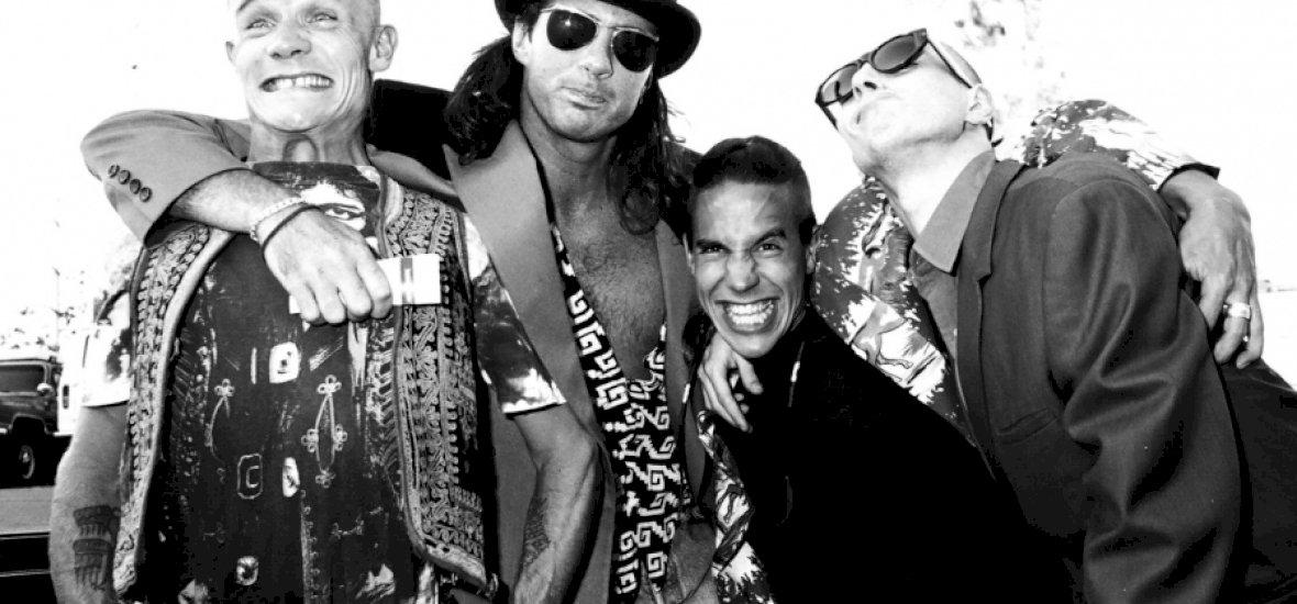 Két koncertet kell adnia a Red Hot Chili Peppersnek