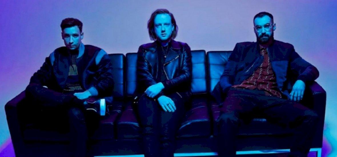 Októberben érkezik a Two Door Cinema Club új albuma