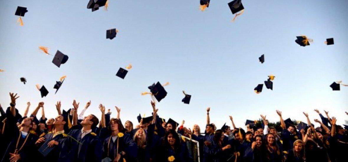 Sokan csak augusztus végéig szerezhetnek diplomát