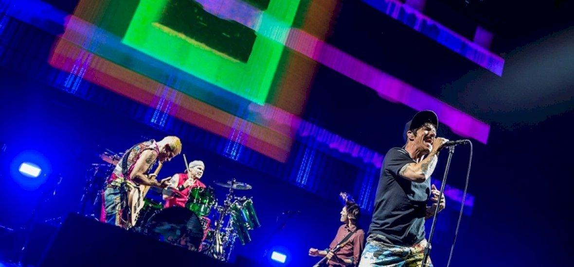 Így tért vissza hozzánk 20 év után az Red Hot Chili Peppers