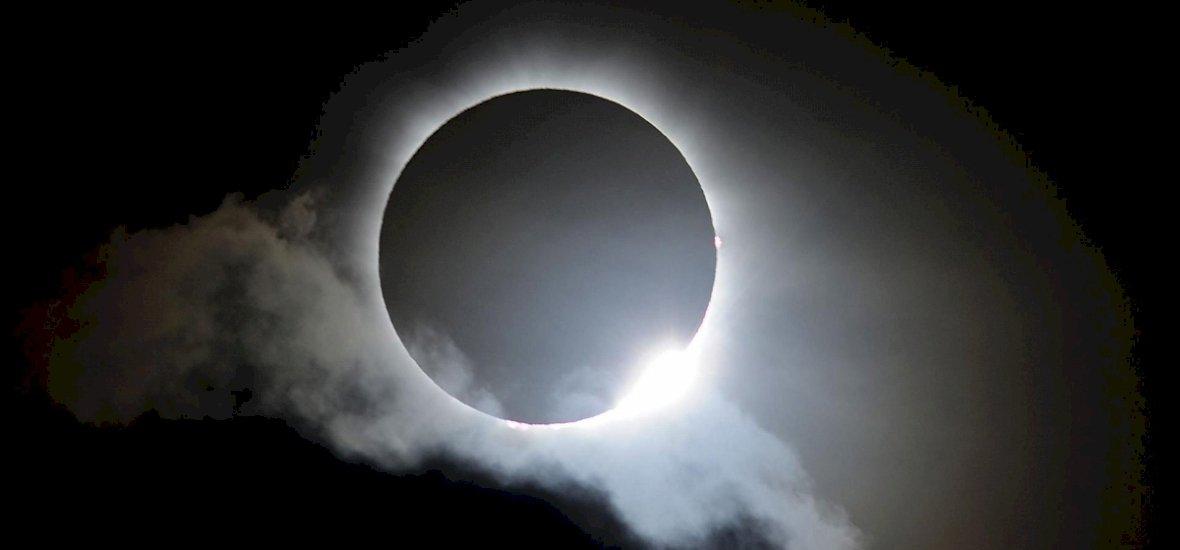 Ilyen volt Amerikában az évszázad napfogyatkozása
