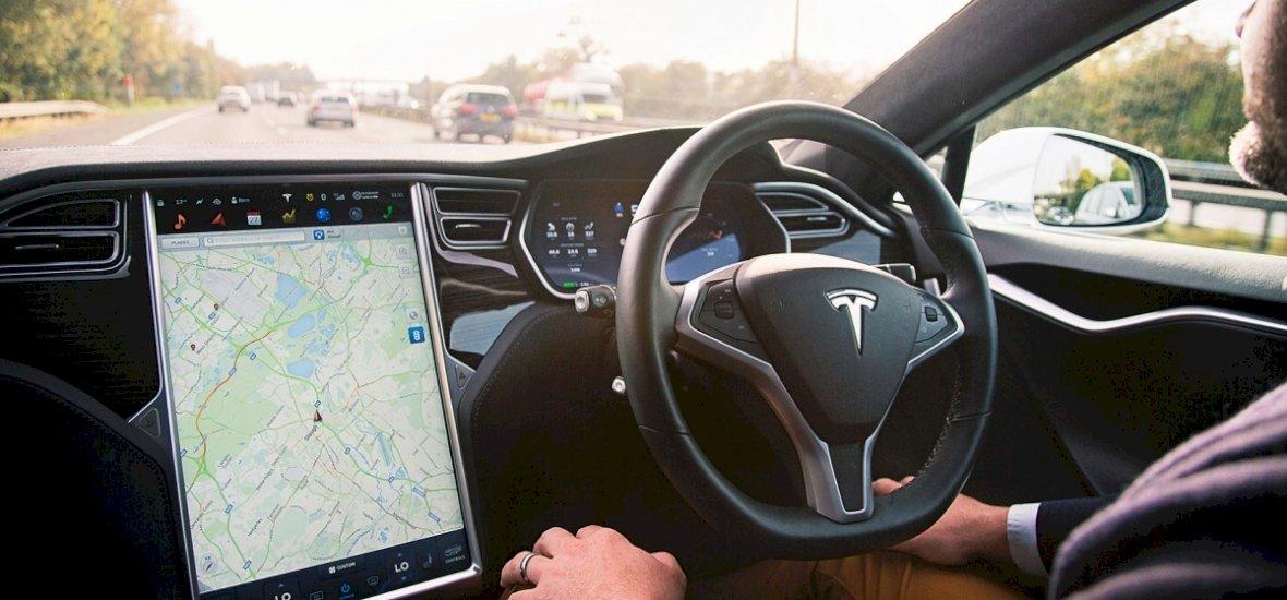 Kaliforniában zöld utat kaptak az önvezető autók