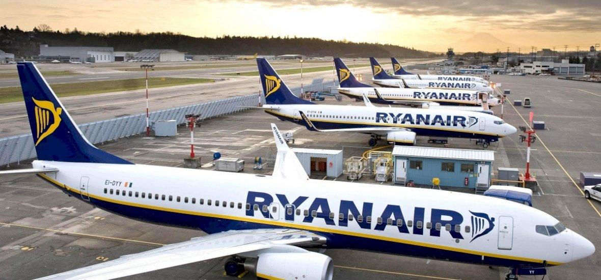 A repülőgép szárnyáról kellett behívni egy türelmetlen utast