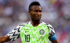 A nigériai cséká a csapatbuszon ült, miközben apját elrabolták