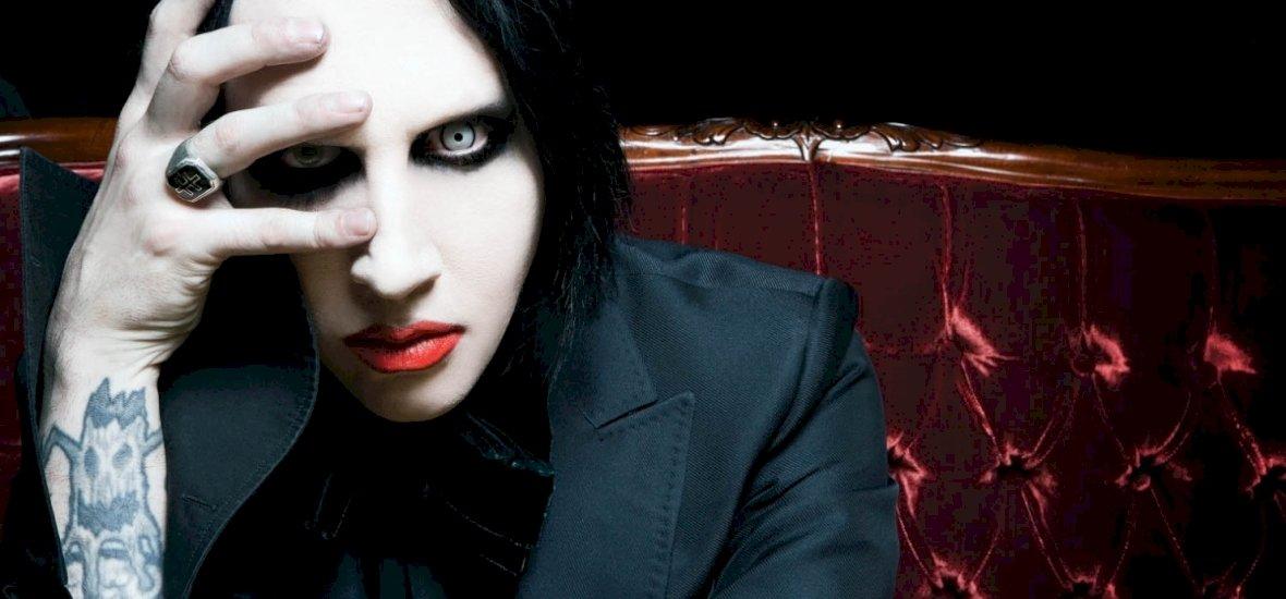Bilincsben vitték el Marilyn Mansont, de bocsánatot kértek