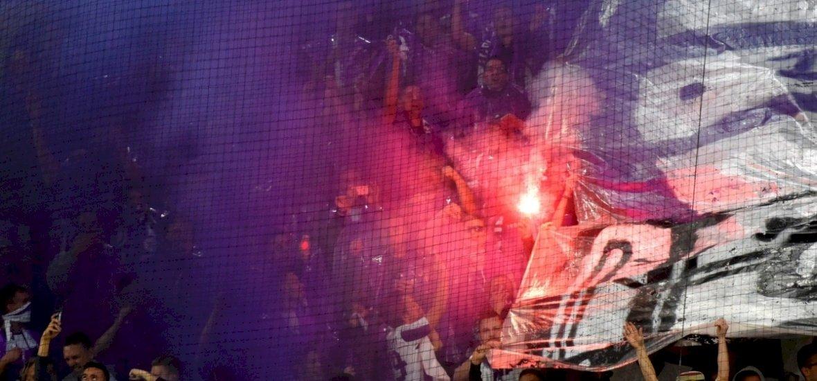 Felemás, vízifocival tarkított meccs Újpesten