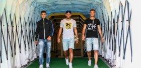 """Apai döntés: három országba szakad a menekült """"futballista"""" család"""