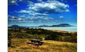 Kilátás a Balatonra: októberben is tökéletes program lehet