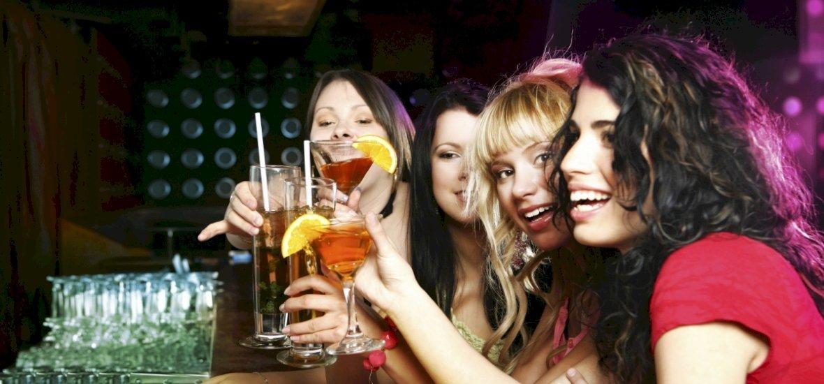 Egyre többet isznak a magyar nők, és egyre kevésbé szégyellik