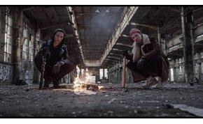 """Egy kisebbfajta """"háború"""" dúl Miskovits és Fehér Holló új szerzeménye körül"""