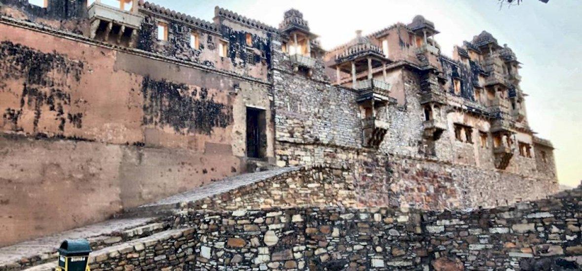 Zsolt utazása: India legnagyobb erődje, a Chittorgarh