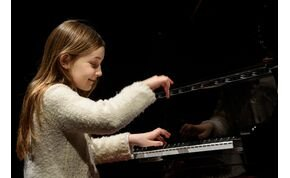 Négy hangjegyből zseniális darabot komponált egy 14 éves kislány