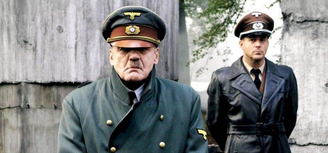 Meghalt A Bukás című film Hitlere