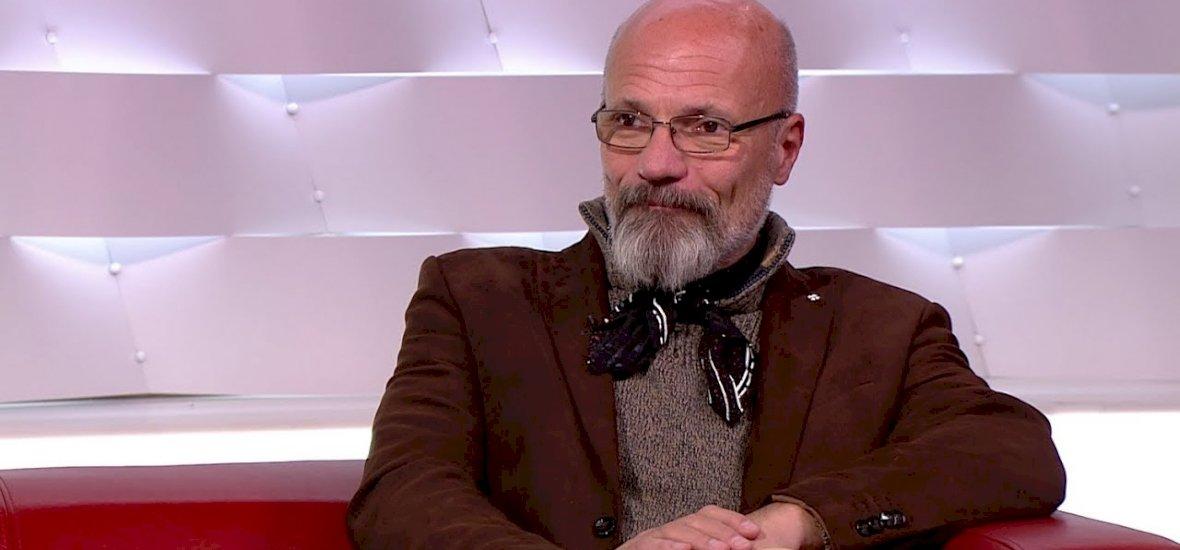 Zacher Gábor: Curtis soha nem fog kigyógyulni