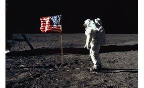 Eddig nem látott felvételek kerültek elő a Holdra szállásról