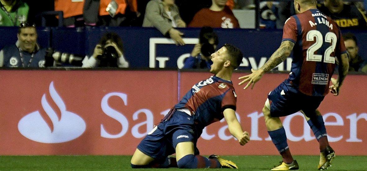 Szabadrúgás-specialisták: Messi mögött egy volt újpesti kedvenc a 2. helyen