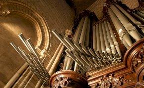 Halljuk-e még valaha a Notre-Dame orgonáját?