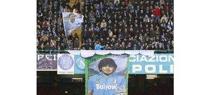 Harminc éves Maradona feledhetetlen táncos bemelegítése