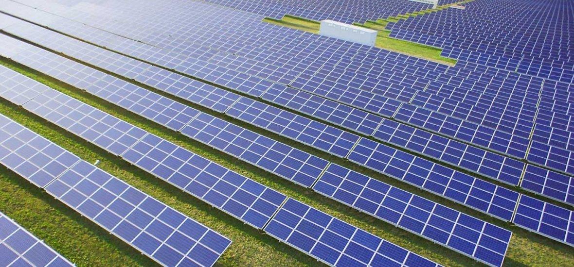 Újabb monumentális naperőmű épül itthon
