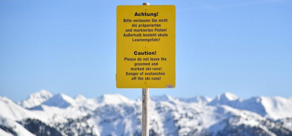 Csak a cipőjét találták meg az Alpokban eltűnt magyar túrázónak