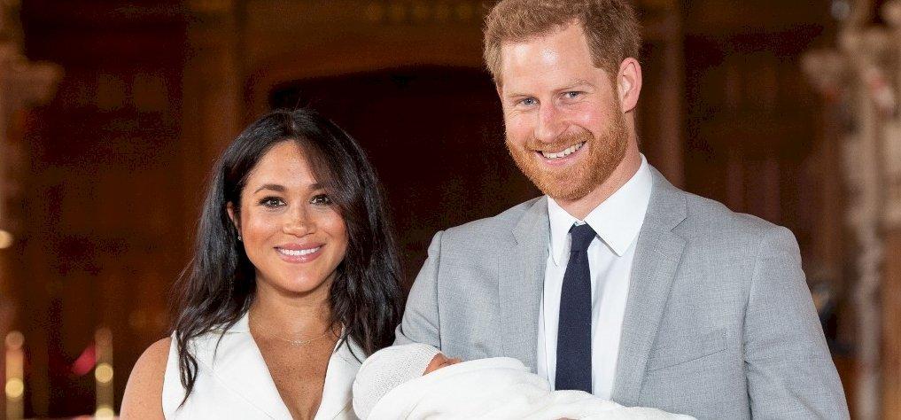 Harry herceg és Meghan Markle bejelentette kisfiuk nevét
