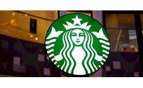 Ennyit ért a Starbucksnak a Trónok harcában felejtett kávés pohár