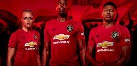A Manchester United új meze a Ferguson-éra csodájából merít