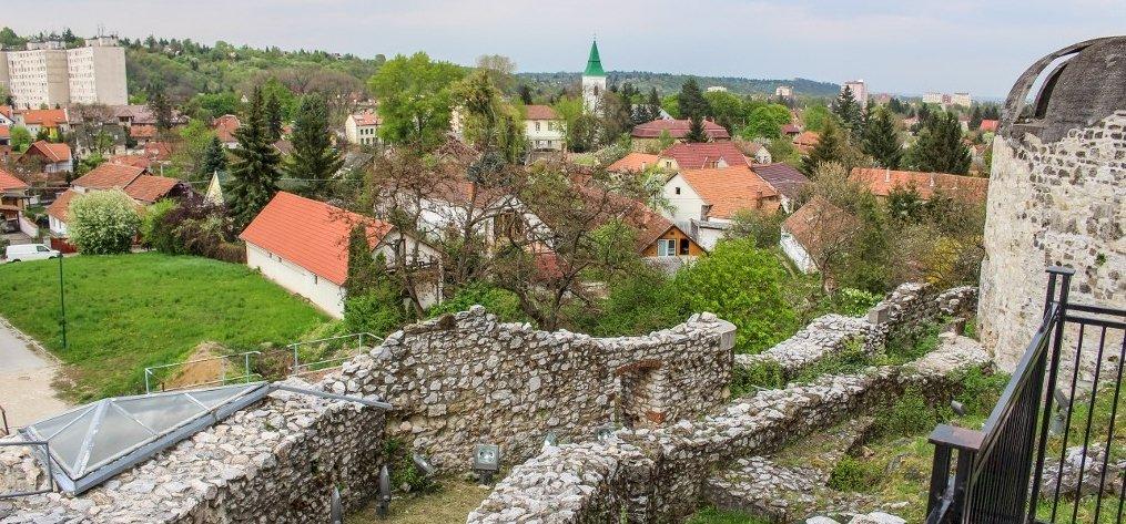 Így újulnak meg az észak-magyarországi várak, Diósgyőrrel az élen