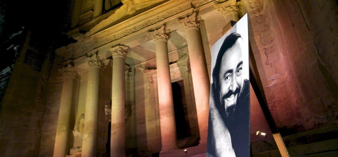 Íme a Pavarotti szinkronos előzetese!