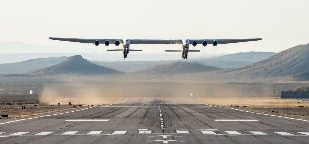 Egyet repült és annyi a világ legnagyobb fesztávú repülőjének?