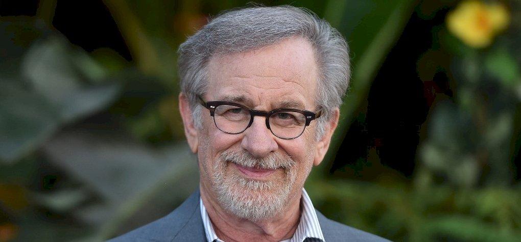 Spielberg olyan sorozatot készít, melyet csak éjszaka lehet nézni