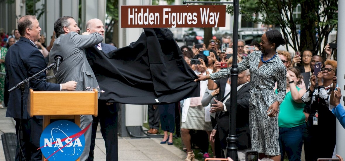 Utcát neveztek el a Számolás joga karaktereiről