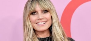 Videón a félmeztelenül fogat mosó Heidi Klum