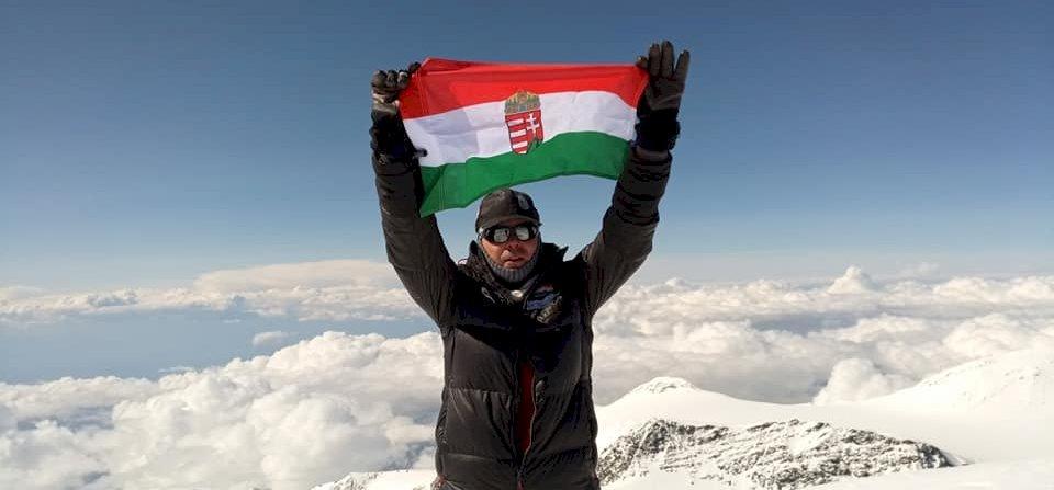 Itt a második magyar, akinek sikerült a Seven Summits