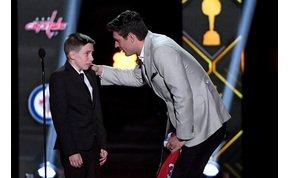 Az NHL-ben tudják, hogy kell felejthetetlen pillanatot okozni egy gyereknek