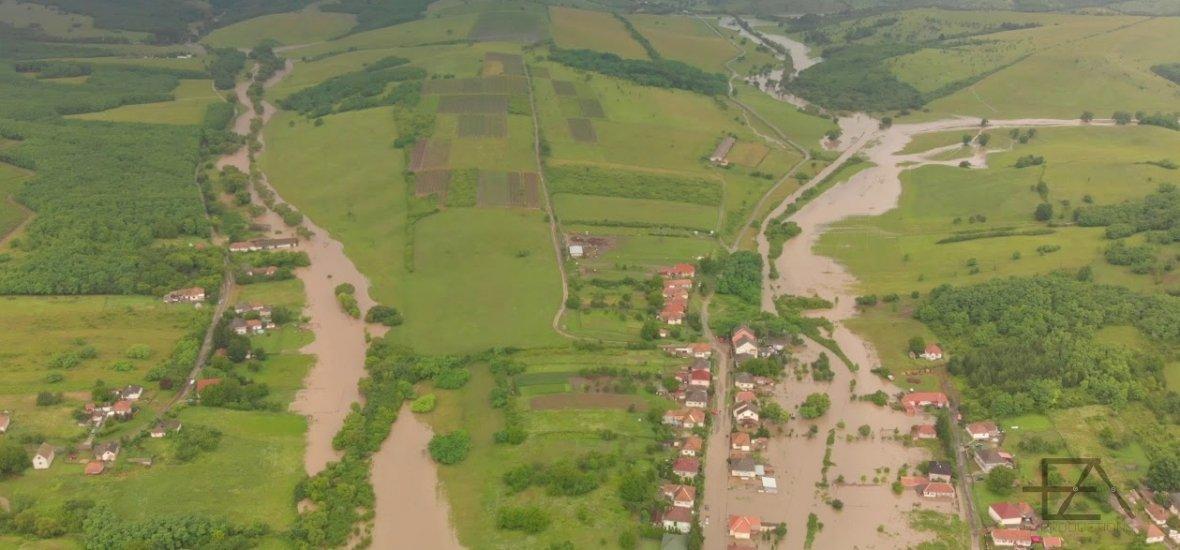 Szomorú és gyönyörű a drónvideó az árvízről a Szépasszonyvölgynél