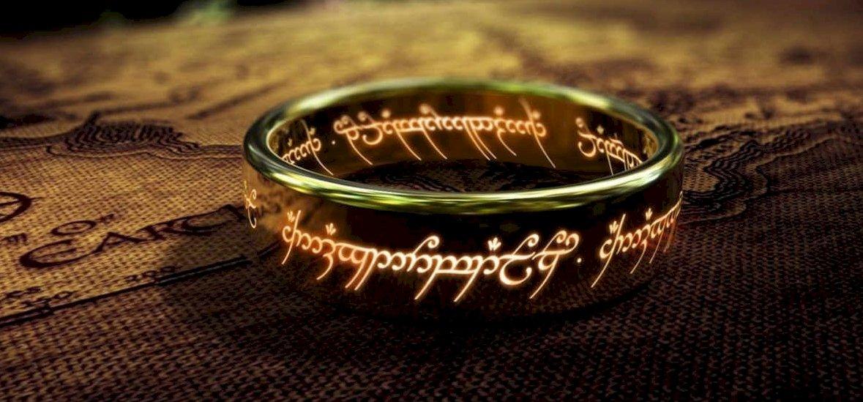 Leleplezték a Gyűrűk ura sorozat rendezőjét
