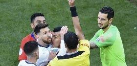 Messit verekedésért kiállították, megint korrupciót emlegetett