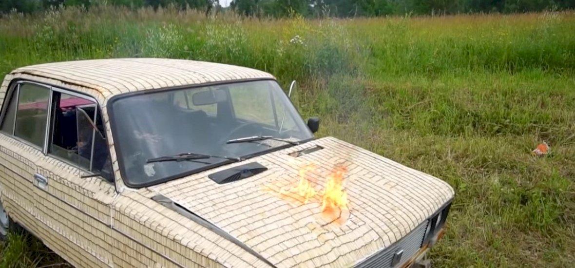 Lángra kap-e a Lada félmillió ráragasztott gyufától?