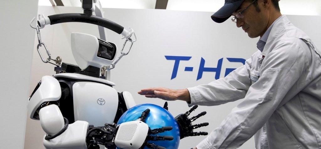 A tokiói olimpián robotok téblábolnak majd mindenhol – videó