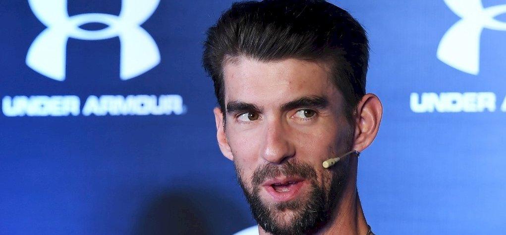 Michael Phelps megemeli kalapját Milák Kristóf úszása előtt