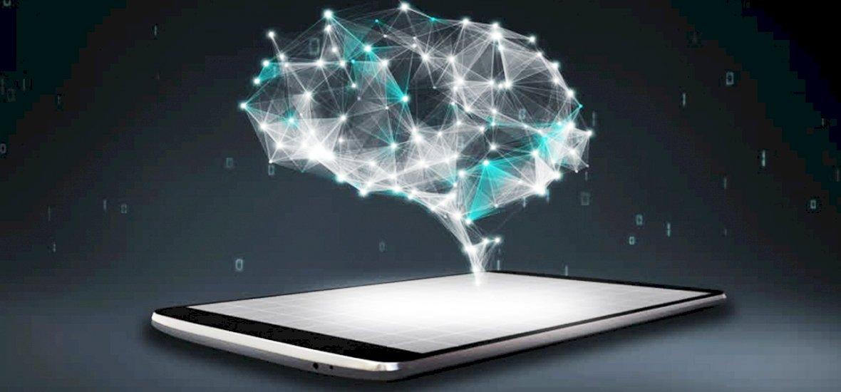 Már okostelefonnal is irányíthatják az agyunkat